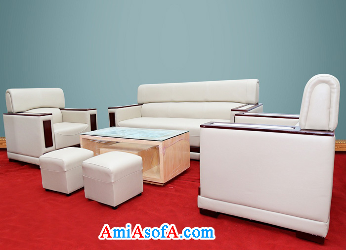 Hình ảnh mẫu sofa da kiểu tay tựa ốp gỗ đẹp